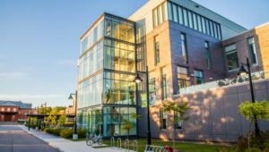Humber College 汉博理工学院 lakeshore校区